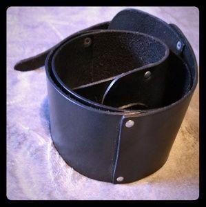 Banana Republic genuine leather black wide belt